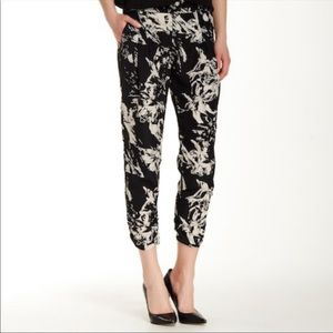 Parker Devlin Cropped Pants Mid Rise Pleated Front